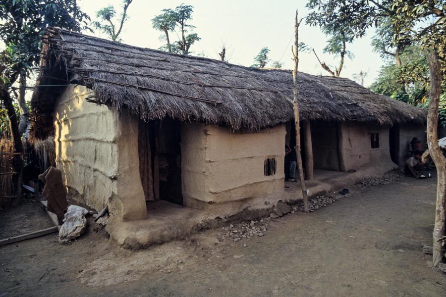 maison du village tharu On maison du voilage